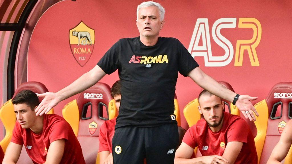 Ông Mourinho mong muốn nhiều hơn ở các cầu thủ AS Roma